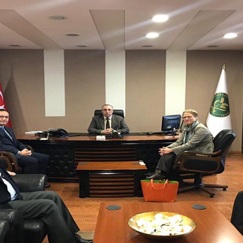 ABD Büyükelçiliği Tarım Müsteşarı Sn Christine Strossman Başkanımız Sn Yahya TOPLU'yu Makamında ziyaret etti…