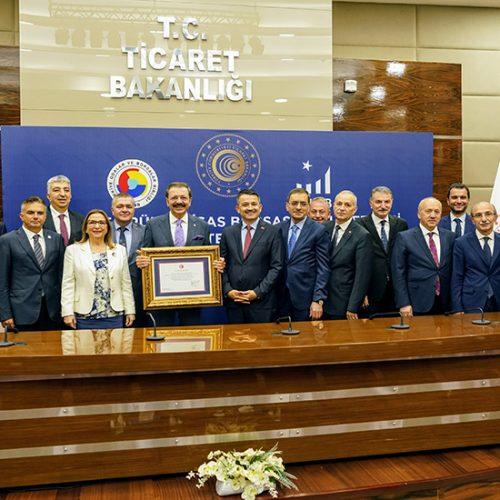 Türkiye Ürün İhtisas Borsası (TÜRİB) Faaliyet İzni Belgesi Teslim Töreni yapıldı…