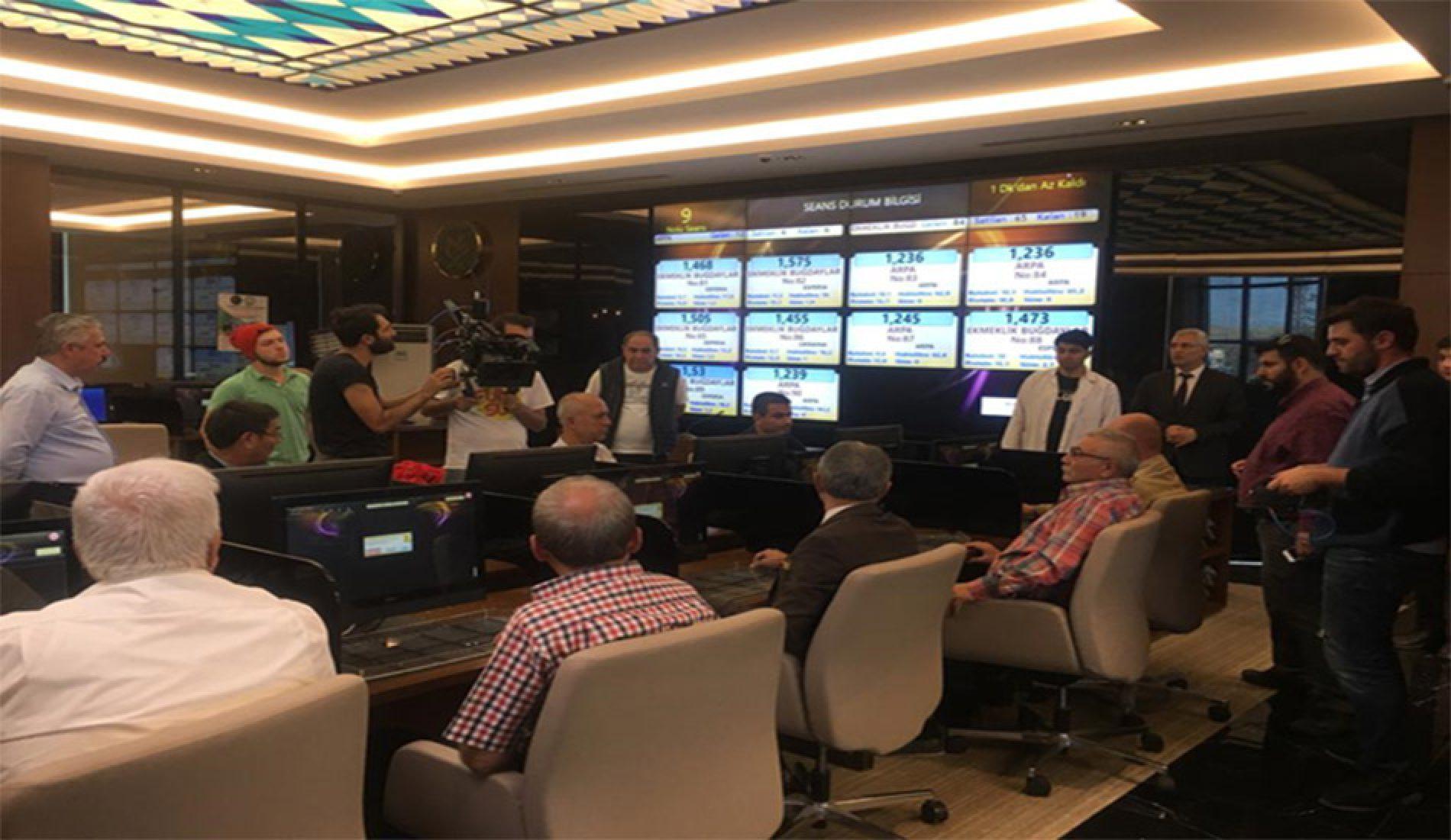 """Türkiye Odalar ve Borsalar Birliği'nin (TOBB) Organizasyonu Kapsamında """"FİLM BAHÇESİ"""" Ekibi Borsamızda Çekim gerçekleştirdi…"""