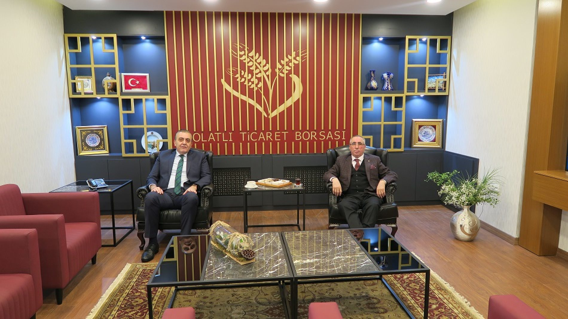 Polatlı Kaymakamı Sn Mahmut Nedim TUNÇER, Başkanımız Yahya TOPLU'yu Makamında ziyaret etti…