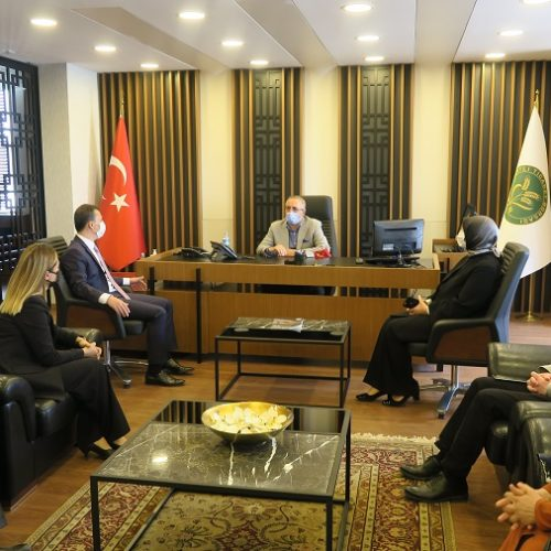 Adalet ve Kalkınma Partisi Ankara Milletvekili Sn Fatih ŞAHİN ve Beraberindeki heyet Başkanımız Sn Yahya TOPLU'yu Makamında Ziyaret Etti…