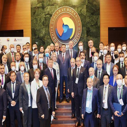 Kırgız Cumhuriyeti Cumhurbaşkanı Caparov'a TOBB ETÜ Fahri Doktorası Töreni.